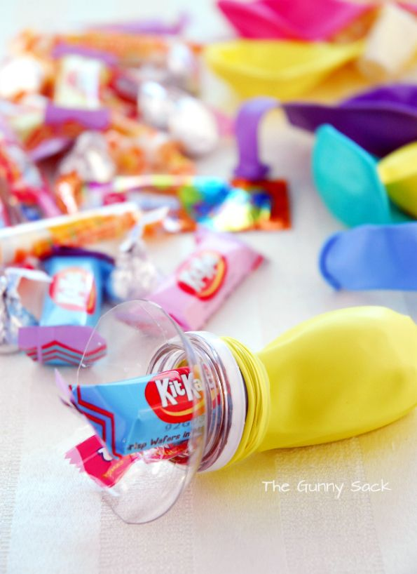 Super cute party favors Maiko Nagao - diy, craft, fashion + design blog: DIY: How to fill balloons with treats