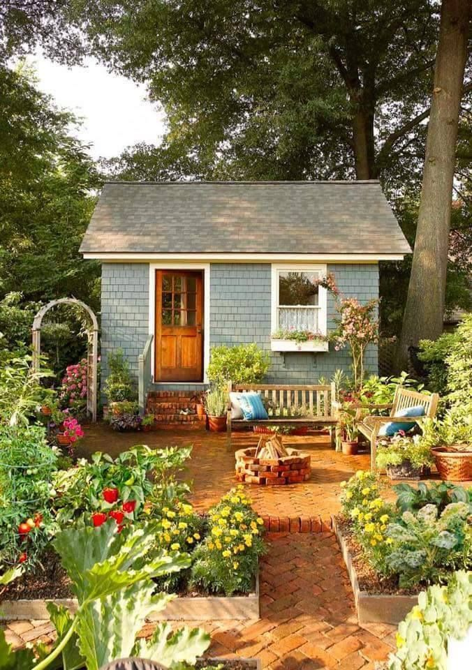 build amazing sheds with over different projects - Garden Sheds With A Difference