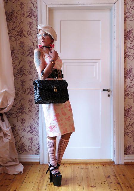The wardrobe of Ms. B: Pearls