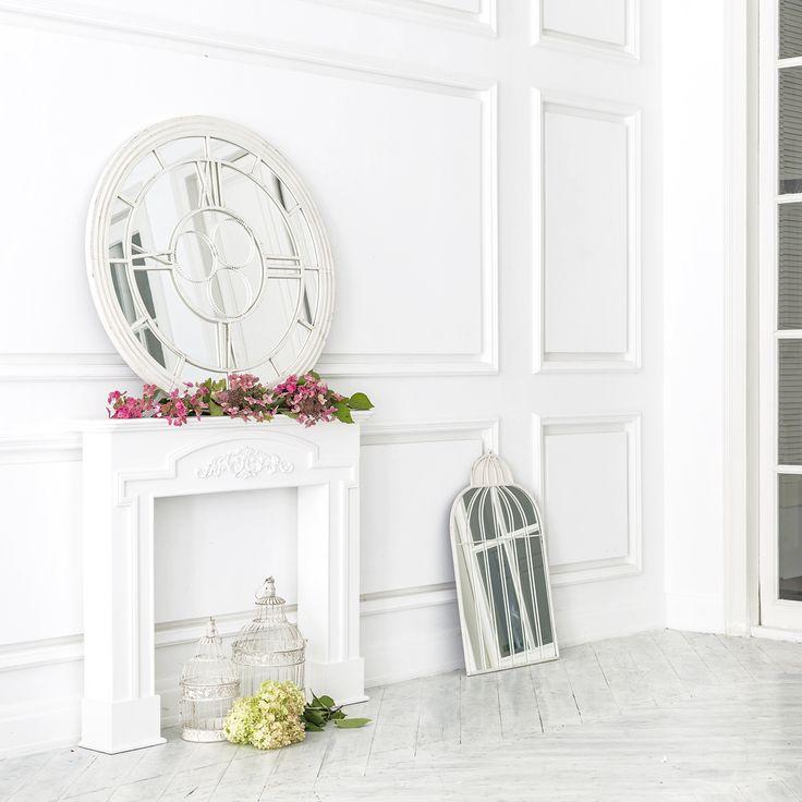 """#зеркало «Сен-Лазар» (белый антик), каминный портал """"Тюильри"""", декоративные клетки """"Флер де лиз"""", #зеркало """"Элизабет"""" (белый антик). #мебель, #интерьер, #декор, #камин"""