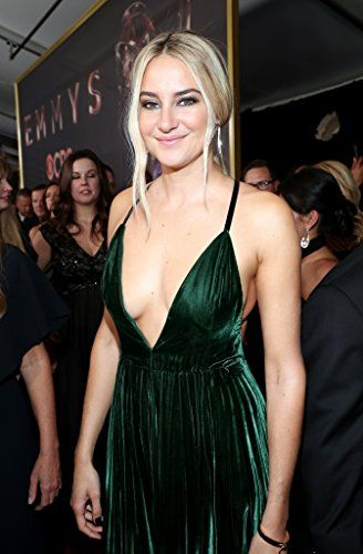 Emmys 2017: Red Carpet Photos Shailene Woodley
