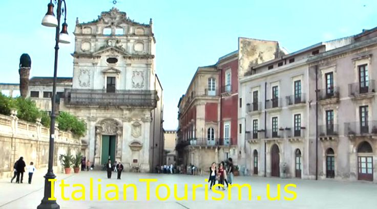Enjoy the journey into 3500 years of history with the finest selection of Southern Italy and Sicily tours. Siracusa