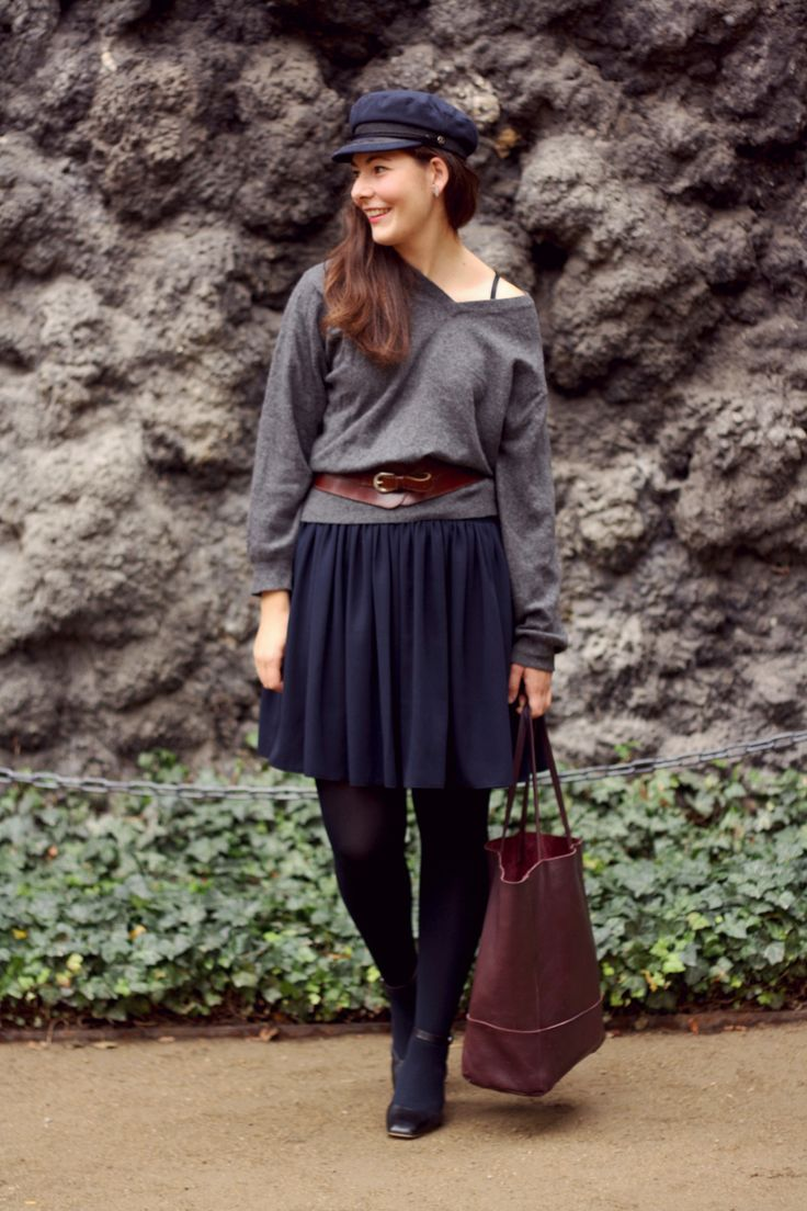 Capsule Wardrobe tips how to buy your first cashmere sweater. Cashmere Sweater outfit