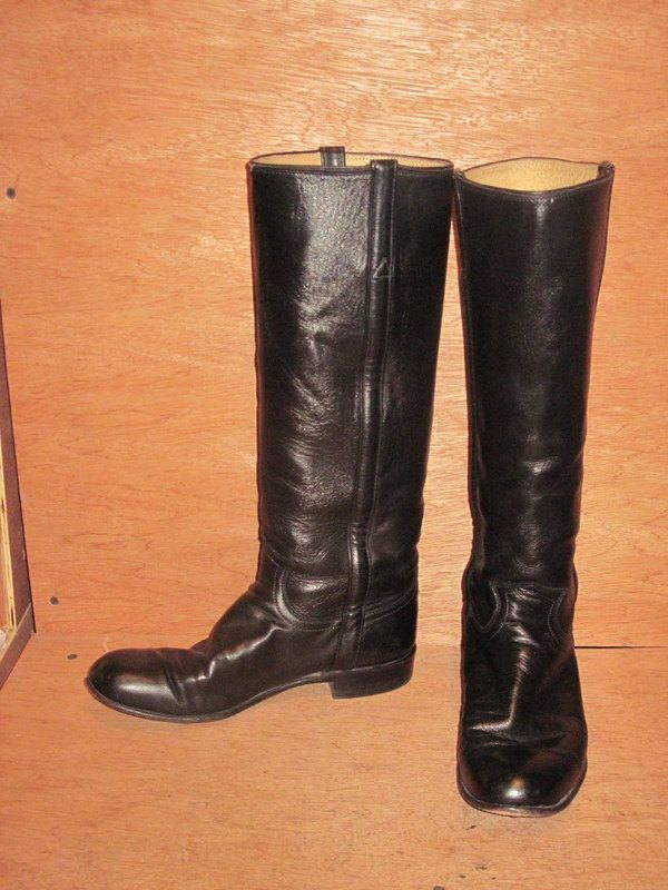 sz 7 b men or 8 women  vintage JUSTIN flat black leather knee high riding boots by NuLookVintage on Etsy