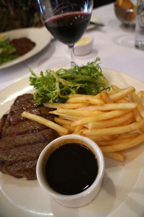 Must Winebar Bistro Lunch Special Steak & Frites