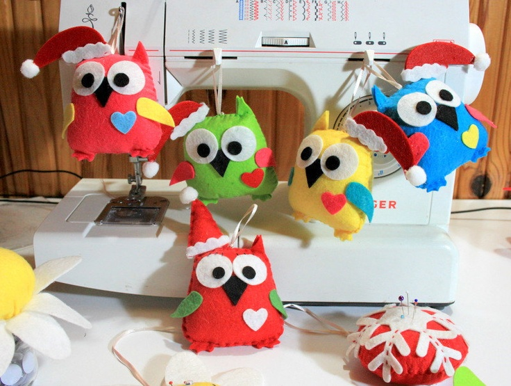 Noel Themes, Colorful, Felt Owl  Favor or Hanging Ornament (Custom Colors Available). $6.00, via Etsy.