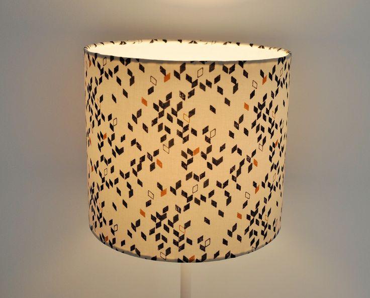 les 10 meilleures images du tableau lampe pour le salon sur pinterest luminaires lampes et. Black Bedroom Furniture Sets. Home Design Ideas