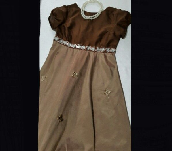 bronze-choco sackdress..  now im ready for the party