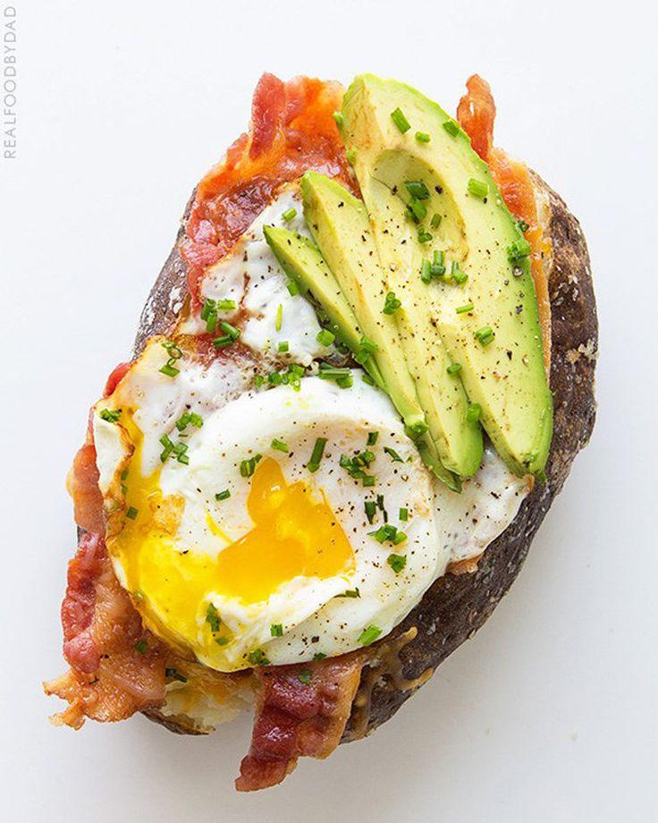 20. Potato Boat Power Breakfast #whole30 #paleo #breakfast #recipes http://greatist.com/eat/whole30-breakfast-recipes