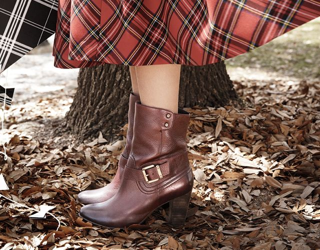 Lidie Sayer Booties Clarks Tall boots, shooties, and everything in between. Lida Sayer Bootie adds an element of chic to your wardrobe. Featured in burgundy leather. #Clarks #VogueInfluencerNetwork
