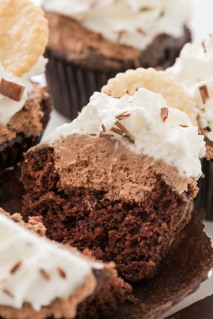 Best 25+ Easy chocolate cupcake recipe ideas on Pinterest | Simple ...