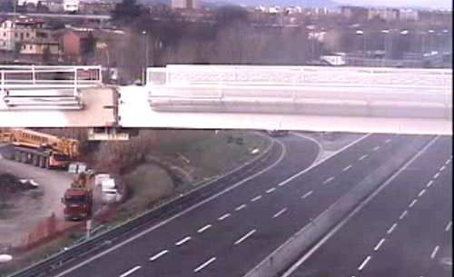 Emilia #Romagna: #Ponte #People Mover posa riuscita: le immagini del posizionamento (link: http://ift.tt/2n1D7Ms )