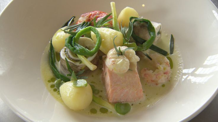 Steamed Seafood with Leek and Potato
