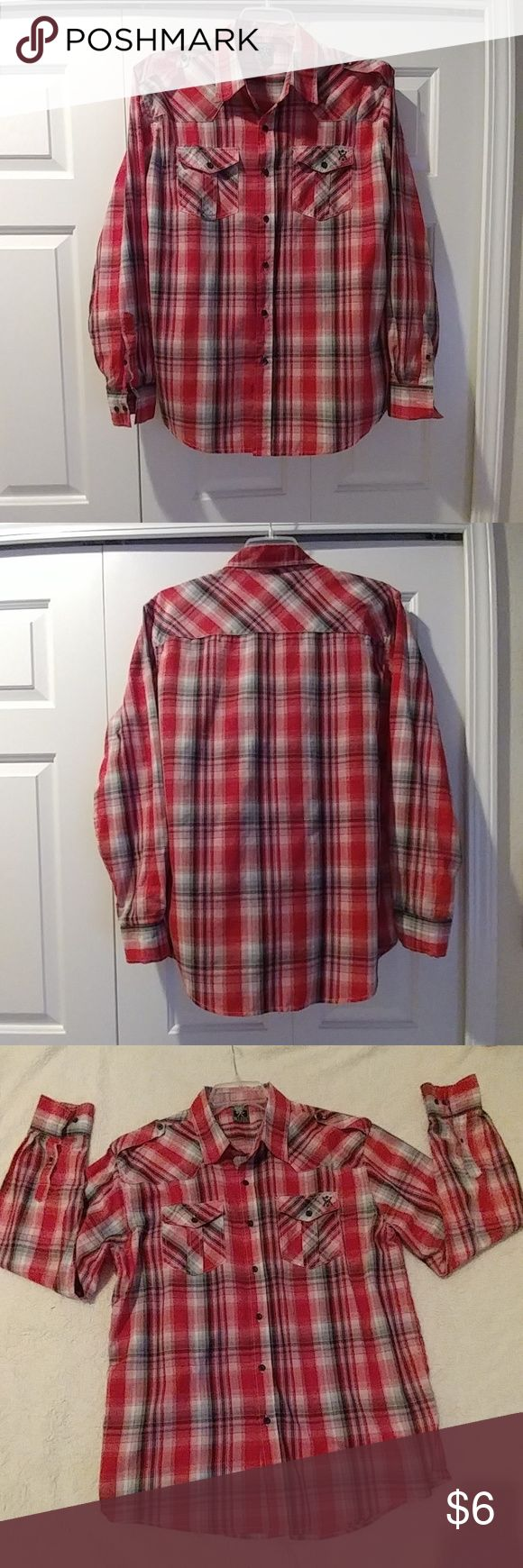Shirt Have been worn a few times,great condition Avirex Shirts