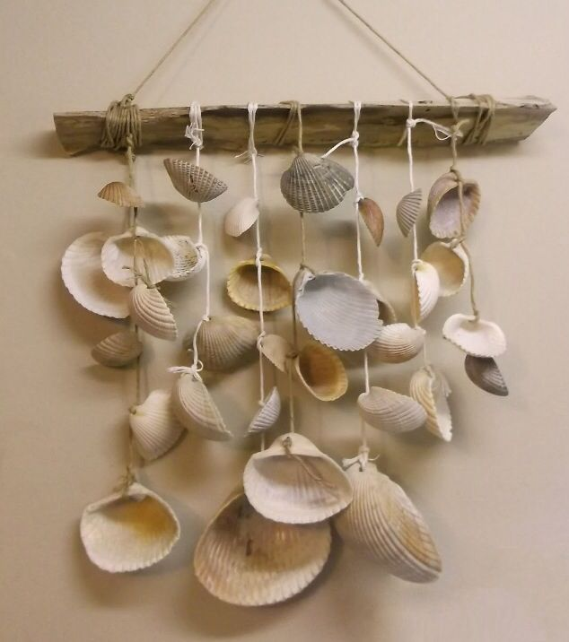 Seashell wind chime u have 2 hands do it yourself for Shell craft ideas