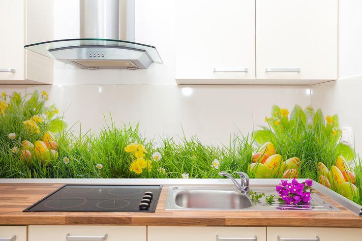 Wielkanocna fototapeta w kuchni >>http://bit.ly/pisanki-w-trawie