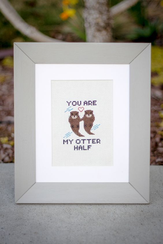 Free cross stitch pattern with a delightful otter pun! You can't go wrong!