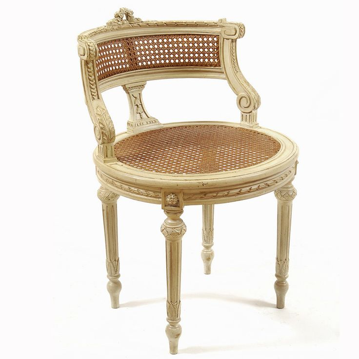 112 best french inspiration images on pinterest bedrooms for Boudoir stoel