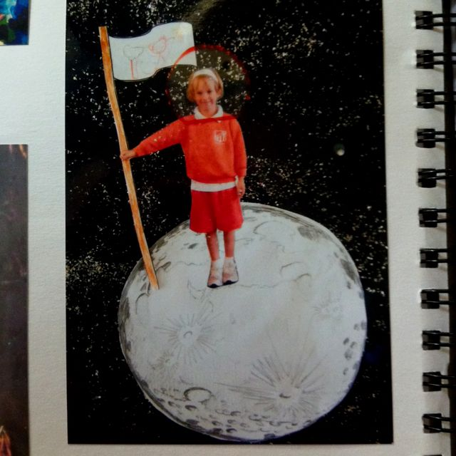 """""""Me on the Moon"""" Space Unit"""