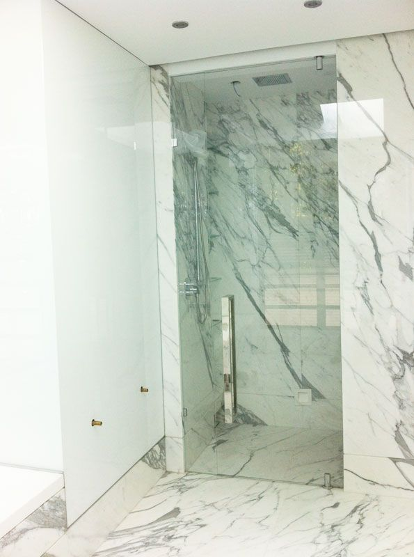 Love this full length shower screen door. http://www.infinityglass.com.au