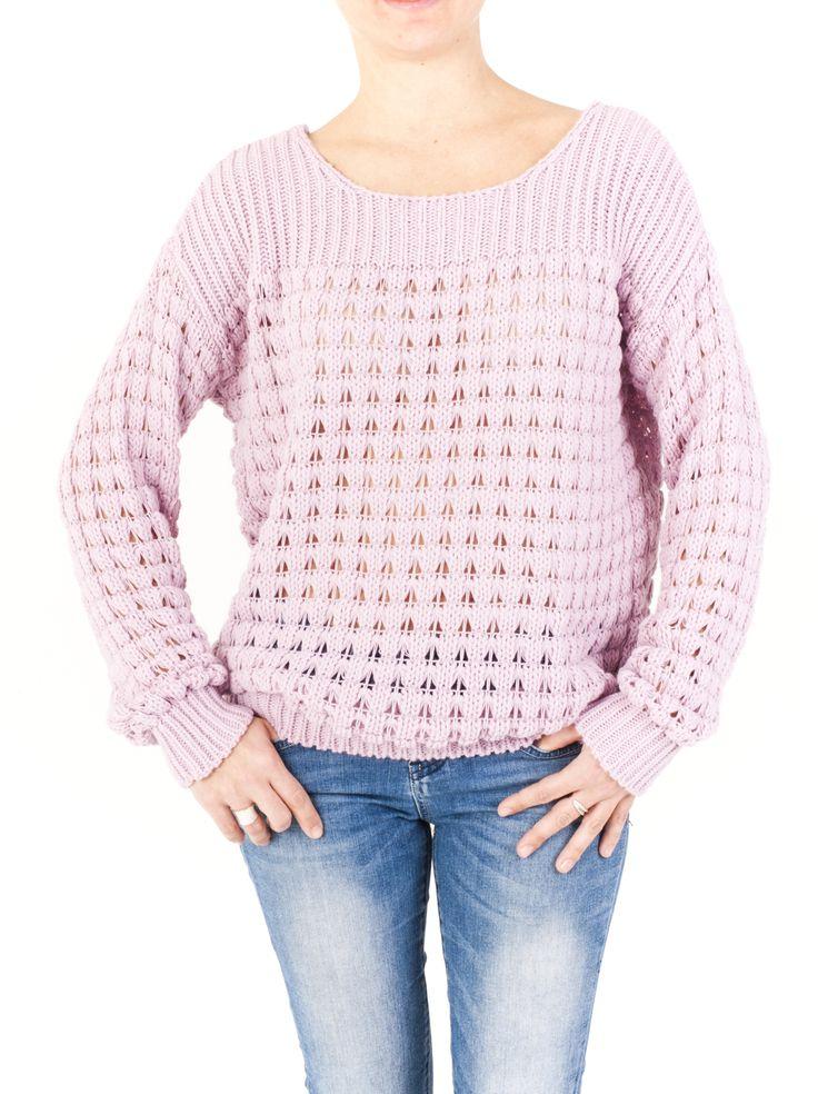 Jersey de punto de cuello redondo, puños, mangas y bajo confeccionado en canalé. Última moda temporada invierno 2014 para mujer. ¿Lo quieres?, ¡lo tienes!