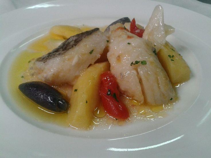 Salt cod stewed with potatoes, tomatoes and onion from Tropea...baccalà in umido con patate, pomodorini e cipolla di Tropea