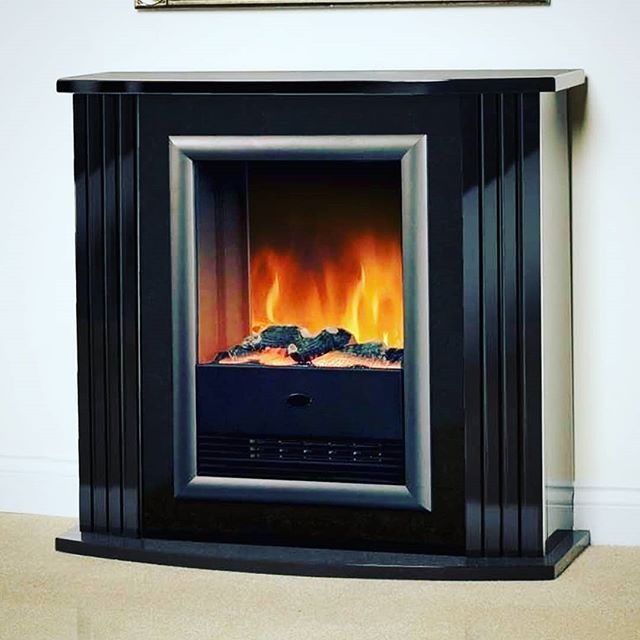Modern And Stylish This Electric Fire Really Stands Out In Your Home Free Standing Electric Fireplace Fireplace Insert Installation Electric Fireplace Suites