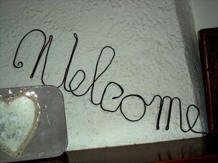 """Scritta """"Welcome""""  in  fil di ferro,  da parete, ferro cotto nero,decorazione casa country shabby, by Le signore della cascina, 14,00 € su misshobby.com"""