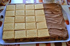 ...daca va plac nucile si ciocolata sigur aceasta prajitura va va cuceri... Pentru blat: 2 cani de nuca prajita 7 albusuri 7 lg z...
