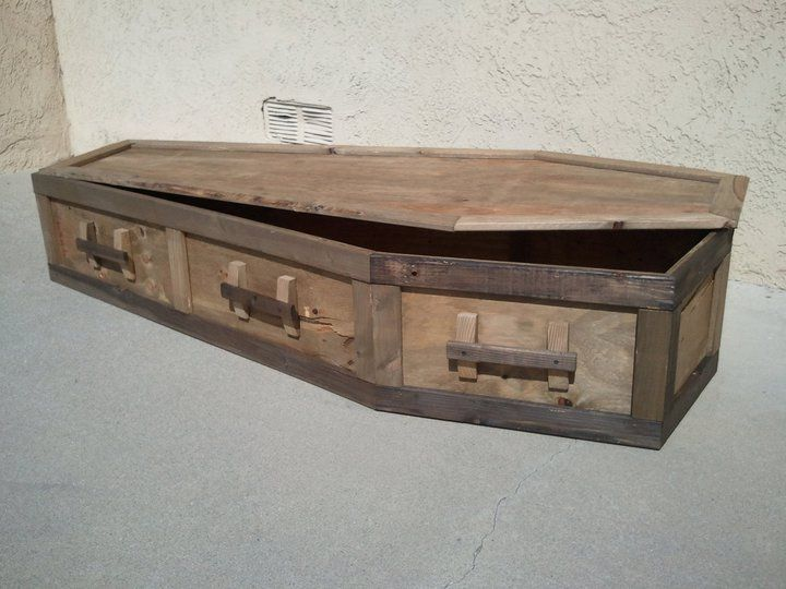 how to make a coffin out of wood for halloween