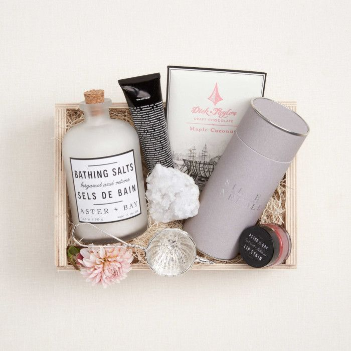 Gorgeous Gift Giving | elements of style | Bloglovin'