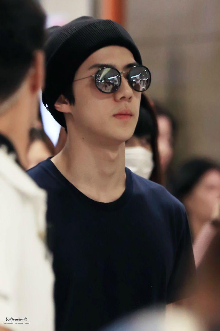 Sehun - 150818 Incheon Airport, arrival from Hong Kong Credit: Beat Per Minute. (인천공항 입국)