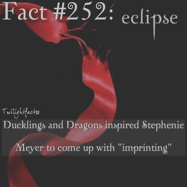 "889 Synes godt om, 20 kommentarer – Twilight Facts (@twilightfactss) på Instagram: ""~ QOTD: Would you ever name your child after a movie character? AOTD: Probably not, but I was…"""