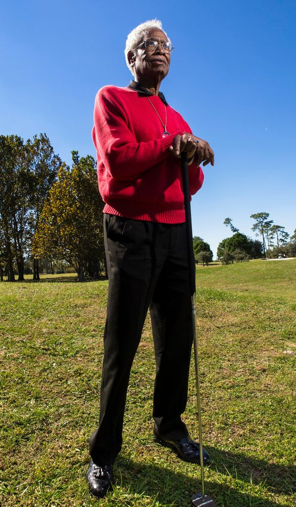 Charles Owens Golfer Dies at 85; Novel Putter Brought Late Success