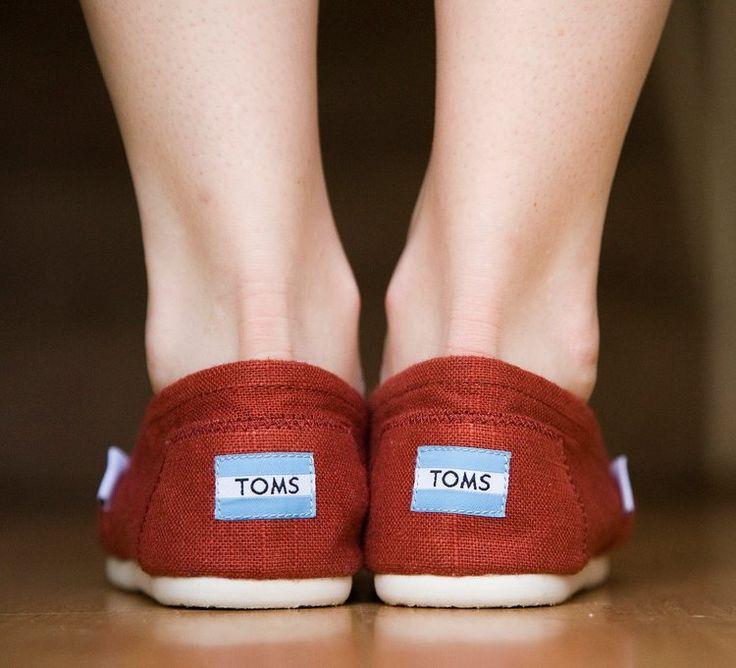 The Always List: #TOMS espandrilles! 💙 Τα TOMS είναι για όλους!!