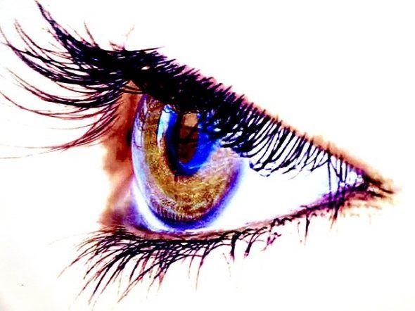 تفسير حلم رؤية تساقط الرموش من العين في المنام مقدمة عن الرموش الرموش هي عبارة عن الشعر الظاهر الى الخارج ا In 2020 Beautiful Eyelashes Eyelashes Best False Eyelashes