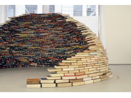 Book Igloo! By Miler Lagos.