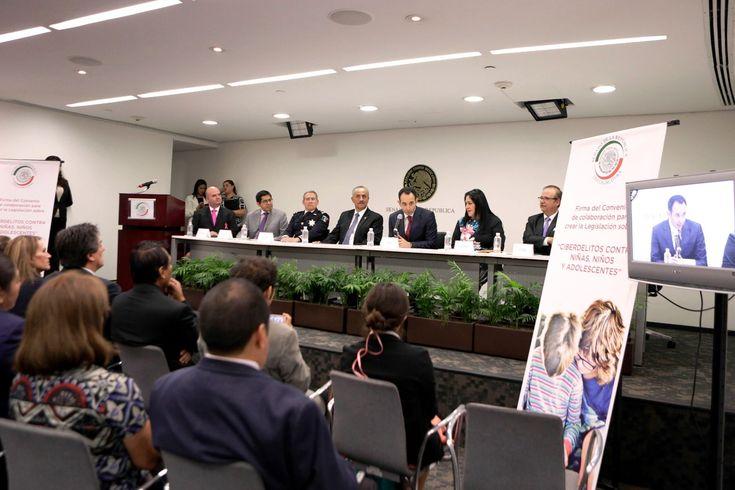 Convenio de colaboración para crear ley contra ciberdelitos que afectan a niñez y adolescencia - http://plenilunia.com/escuela-para-padres/convenio-de-colaboracion-para-crear-ley-contra-ciberdelitos-que-afectan-a-ninez-y-adolescencia/37742/