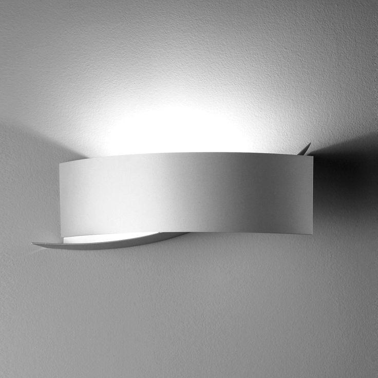 KIASMA wall lamp | FontanaArte
