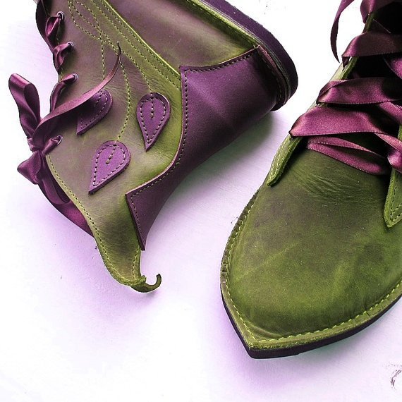 Fantasy kicks!! Very awesome!  CUSTOM Leather handmade bohemian fairy tale boots by Fairysteps