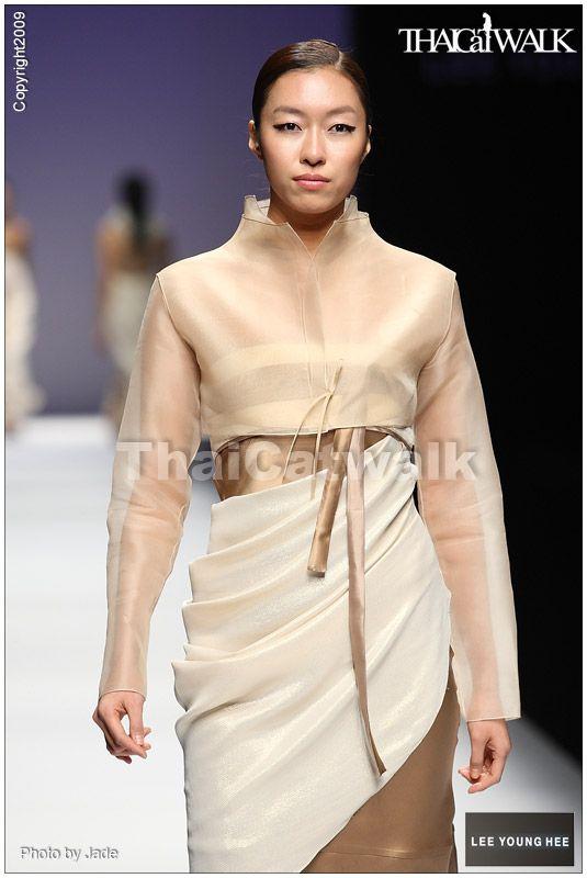 Tour du Mode: Seoul @ Paris / Hanbok, a fashion K(o)reature
