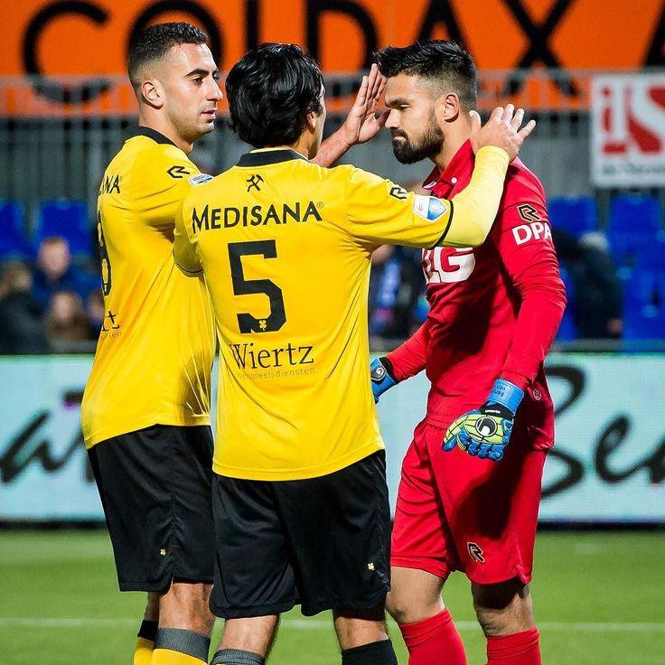 Full Time PEC Zwolle vs Roda JC Kerkrade: 0-0. Roda JC blijft voor de vierde keer op rij ongeslagen en geeft voor minimaal 20 uren de rode lantaarn door aan Go Ahead Eagles. #pecrod #vierzuntroda