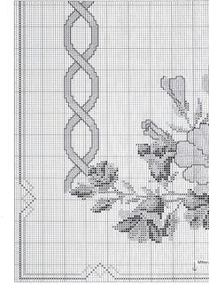 Tovaglia con rose lilla e decorazione_4