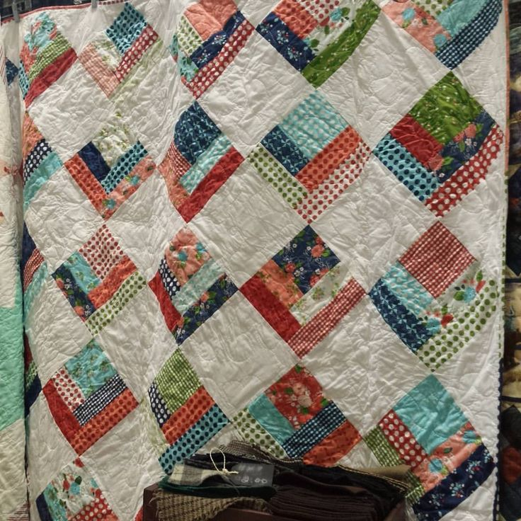 485 best Log Cabin Quilts images on Pinterest | Braid, Colors and ... : quilting convention - Adamdwight.com