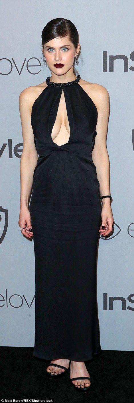 Celebrities stun at Warner Bros Golden Globes party | Daily Mail Online