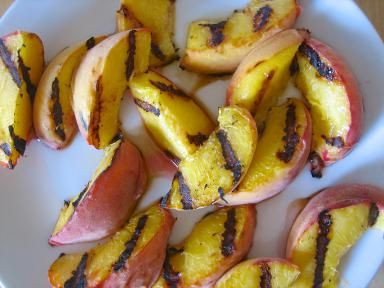 Peaches On the Grill = Juicy Summer Treat: Grilled Peaches