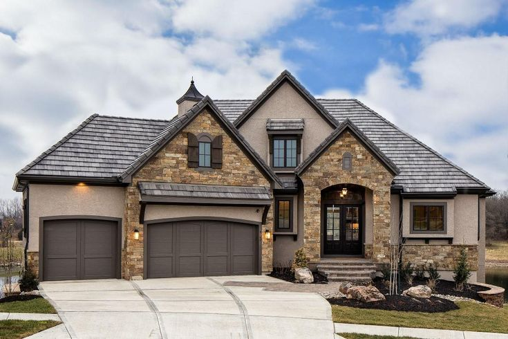 147 best images about exterior on pinterest house plans for Medium houses