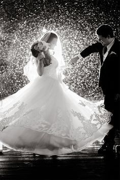 I hope it doesn't rain on my wedding day, but if it does, this would be Lovely