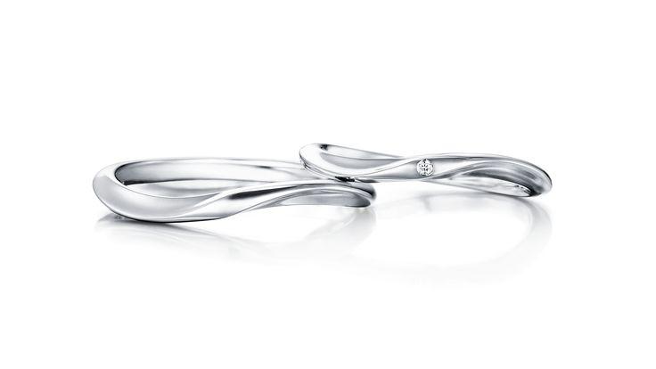 プレオネ|マリッジリング。婚約指輪や結婚指輪の事ならI-PRIMO(アイプリモ)。思い出をカタチにするマリッジリング、エンゲージリングの専門店です。一生、心を満たし続ける輝きをあなたの手元に。