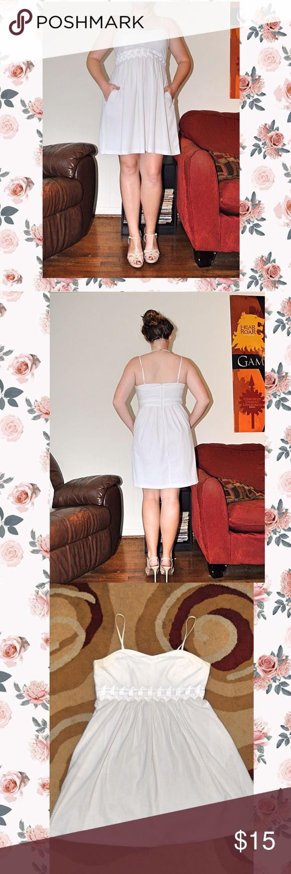 ⚪️ White summer dress with POCKETS⚪️ White summer dress. Has pockets on both sides. Spaghetti straps. Great white dress for graduation or party! Dresses